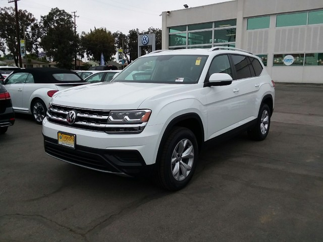 New 2019 Volkswagen Atlas 3.6L V6 S w/ 4MOTION