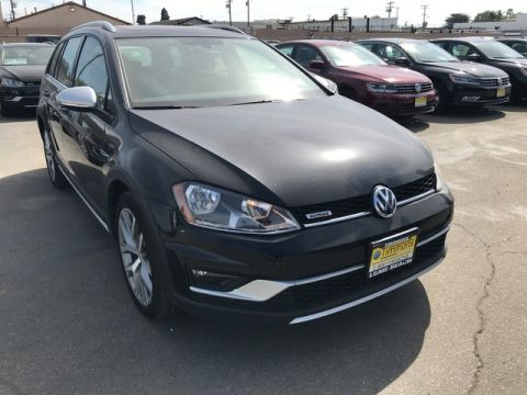 New 2017 Volkswagen Golf Alltrack SEL AWD